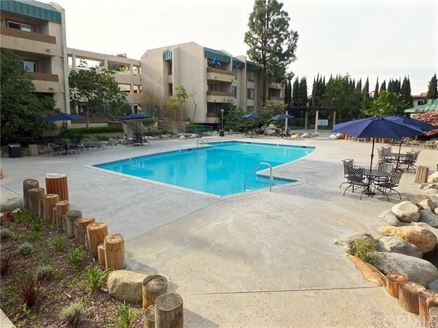 12121 Centralia Street #119, Lakewood, CA 90715 (#PW17259923) :: Kato Group
