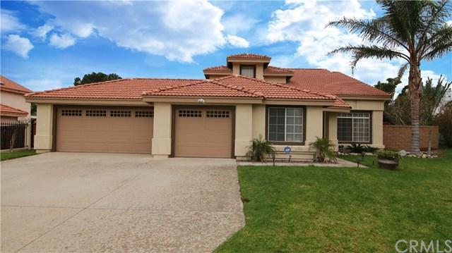 2367 Via Lindo Drive, Rialto, CA 92377 (#IV17260220) :: Mainstreet Realtors®