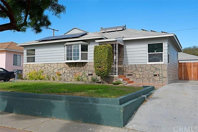 5807 Eberle Street, Lakewood, CA 90713 (#OC17260285) :: Kato Group