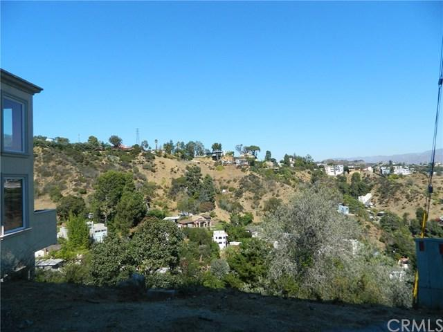 8565 Cole Crest Drive, Hollywood Hills, CA 90046 (#MB17260368) :: Prime Partners Realty