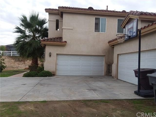 18557 Glass Mountain Drive, Riverside, CA 92504 (#IV17260425) :: California Realty Experts