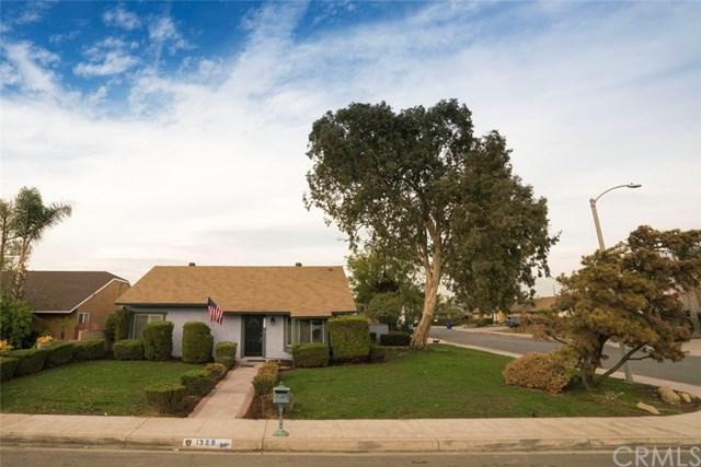 1328 W Jackson Street, Rialto, CA 92376 (#TR17260484) :: Mainstreet Realtors®