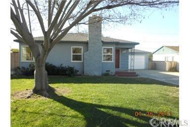 4636 Gardena Drive, Riverside, CA 92506 (#IV17260537) :: The DeBonis Team