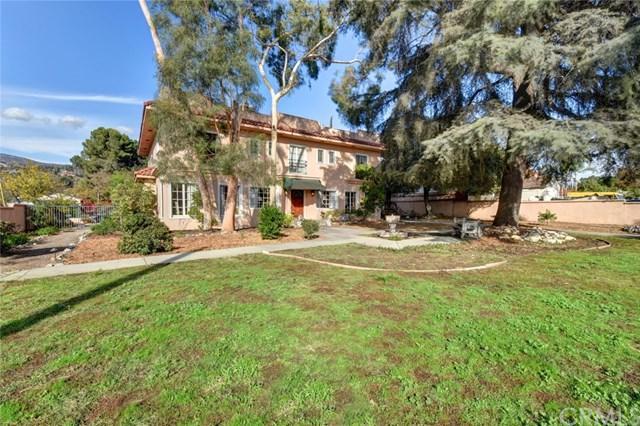 725 W Baseline Road, Claremont, CA 91711 (#PW17260845) :: Mainstreet Realtors®