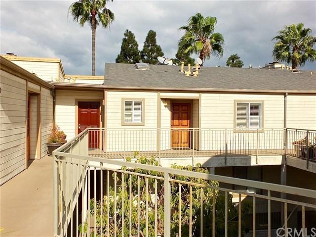 645 Chestnut Avenue #306, Long Beach, CA 90802 (#RS17260918) :: Kato Group
