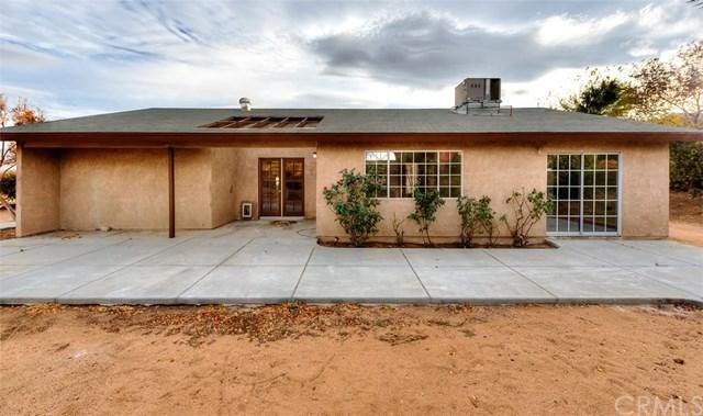 17810 Lilac Street, Hesperia, CA 92345 (#IV17260911) :: Mainstreet Realtors®
