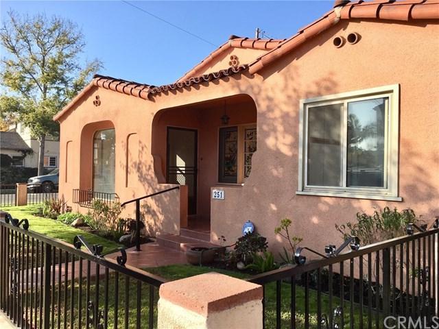 251 Loma Avenue, Long Beach, CA 90803 (#PW17256892) :: Kato Group