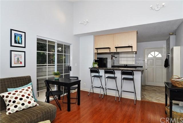 1201 Belmont Avenue #301, Long Beach, CA 90804 (#PW17260953) :: Kato Group
