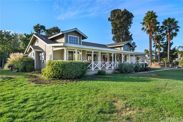 42235 Patton Place, Murrieta, CA 92562 (#SW17260864) :: Kim Meeker Realty Group