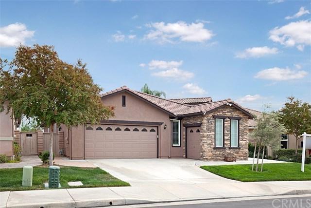 28369 Panorama Hills Drive, Menifee, CA 92584 (#SW17260445) :: Kim Meeker Realty Group