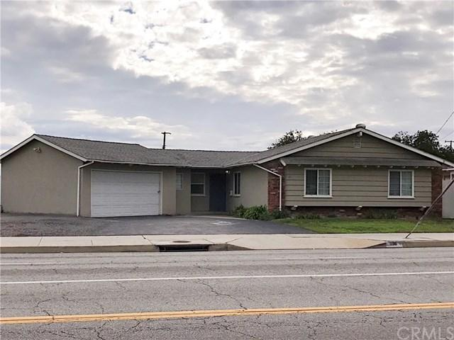 916 Torrance Boulevard, Torrance, CA 90502 (#PW17261024) :: Erik Berry & Associates
