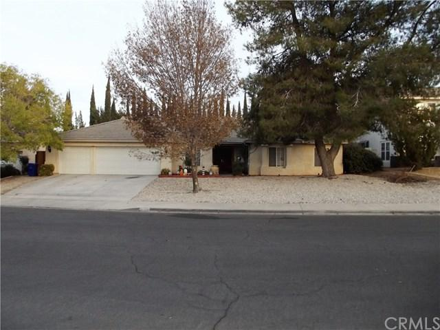 12401 Caballero Drive, Victorville, CA 92392 (#DW17261181) :: Mainstreet Realtors®