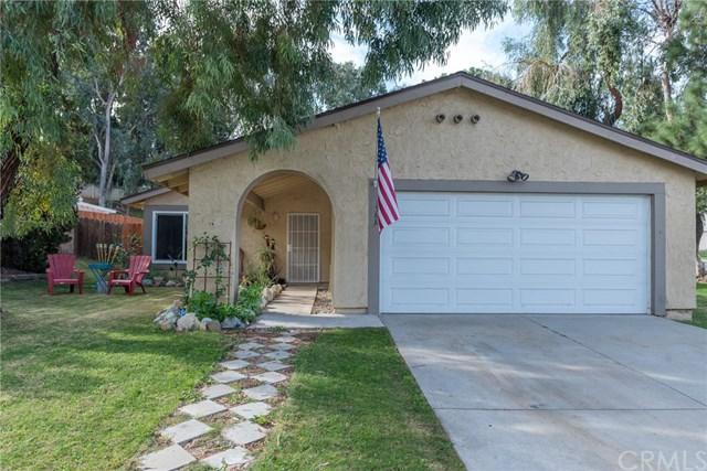 1588 Tilson Circle, Corona, CA 92882 (#OC17260894) :: Mainstreet Realtors®