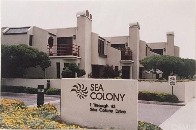 22 Sea Colony Drive, Santa Monica, CA 90405 (#TR17151123) :: Mainstreet Realtors®