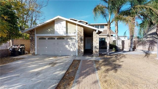 18104 San Jacinto Avenue, Fontana, CA 92336 (#SB17261360) :: Kim Meeker Realty Group
