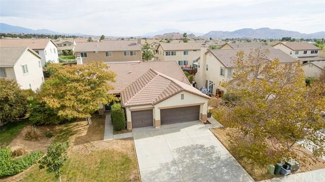 12580 Lasselle Street, Moreno Valley, CA 92553 (#IG17260200) :: Impact Real Estate