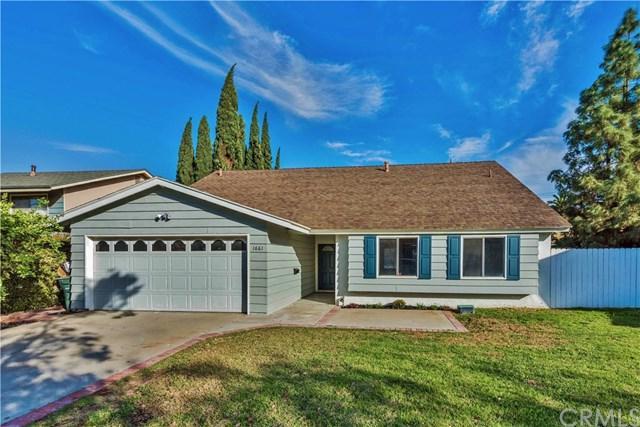 1661 Davis Street, Corona, CA 92882 (#CV17260805) :: Impact Real Estate