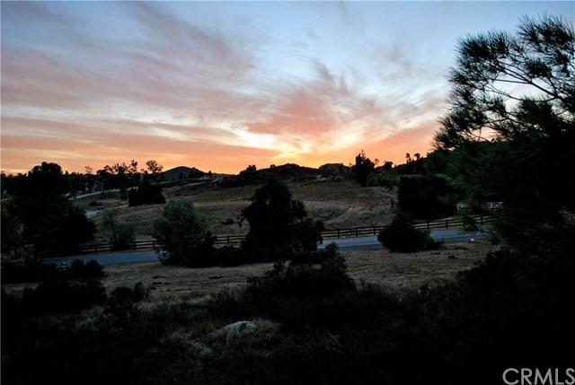 0 Avenida De Arboles, Murrieta, CA  (#SW17261620) :: Impact Real Estate