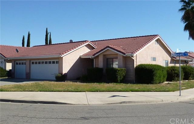1055 Basalt Court, Hemet, CA 92543 (#SW17257242) :: Impact Real Estate