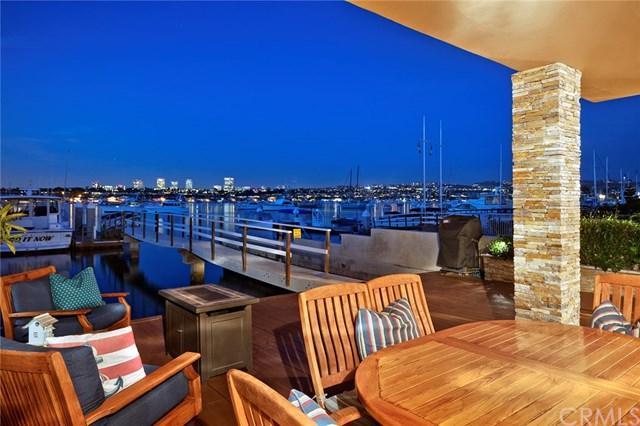 1134 E Balboa Boulevard, Newport Beach, CA 92661 (#NP17259500) :: Doherty Real Estate Group