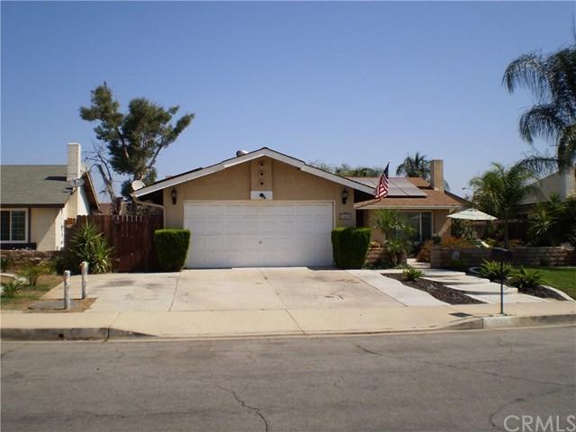 23698 Suncrest Avenue, Moreno Valley, CA 92553 (#SW17262087) :: Impact Real Estate