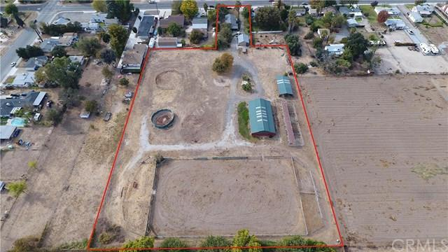 12419 13th Street, Yucaipa, CA 92399 (#IV17262090) :: Angelique Koster