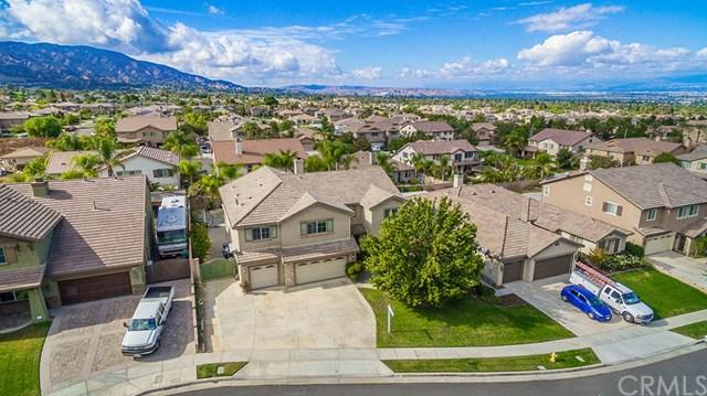 2472 Picasso Circle, Corona, CA 92882 (#TR17262123) :: Impact Real Estate