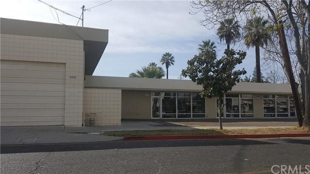 9304 Magnolia Avenue, Riverside, CA 92503 (#IG17262142) :: Impact Real Estate