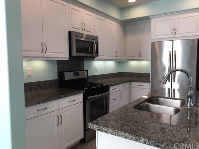 44084 Calle Allicante #93, Temecula, CA 92592 (#SW17262165) :: Dan Marconi's Real Estate Group