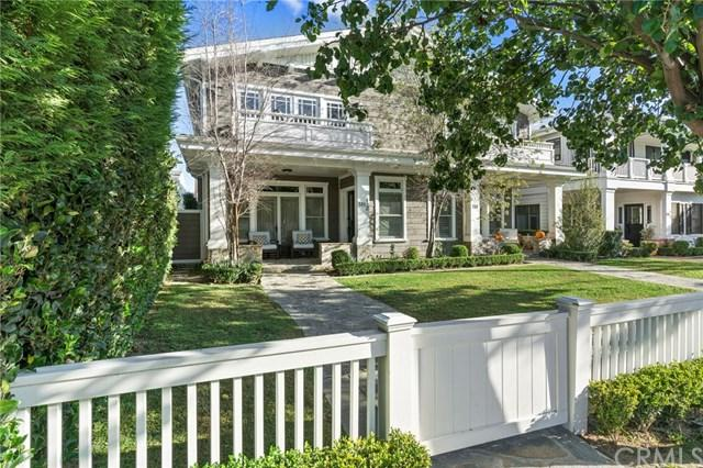 518 Bolsa Avenue 1/2, Newport Beach, CA 92663 (#NP17241970) :: Doherty Real Estate Group