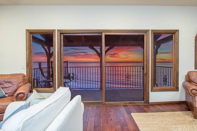 257 Avenida Lobeiro A, San Clemente, CA 92672 (#OC17262310) :: Doherty Real Estate Group
