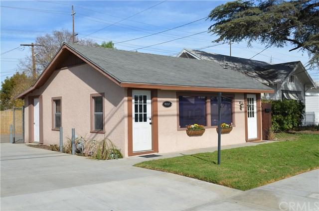4037 Merrill Avenue, Riverside, CA 92506 (#IV17238384) :: The DeBonis Team