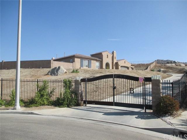 768 Highridge Street, Riverside, CA 92506 (#SW17260773) :: Dan Marconi's Real Estate Group