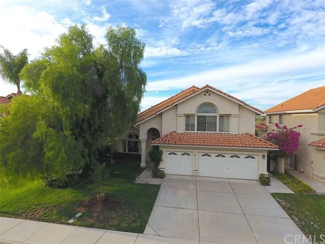 31490 Paseo Goleta, Temecula, CA 92592 (#SW17262502) :: Dan Marconi's Real Estate Group