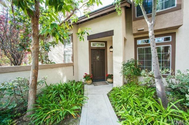 139 Montara Drive, Aliso Viejo, CA 92656 (#BB17262524) :: Doherty Real Estate Group