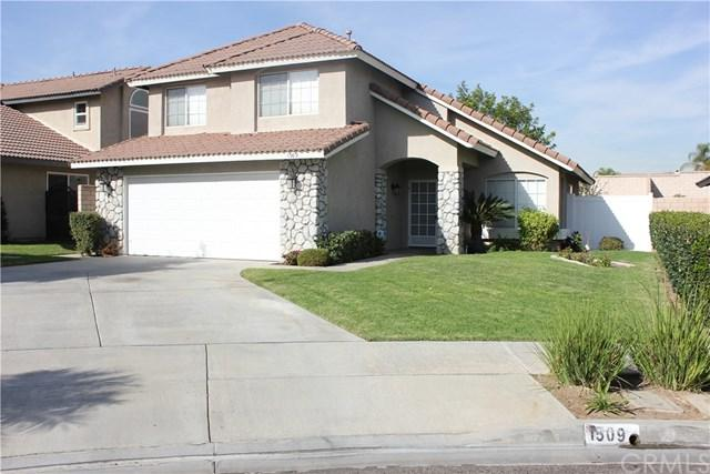 1509 Ray Drive, Placentia, CA 92870 (#PW17262546) :: The Darryl and JJ Jones Team