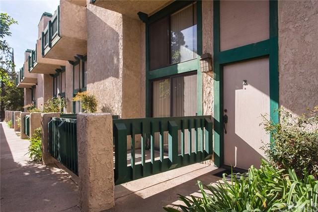 1947 Huntington Drive E, Duarte, CA 91010 (#CV17262775) :: Dan Marconi's Real Estate Group