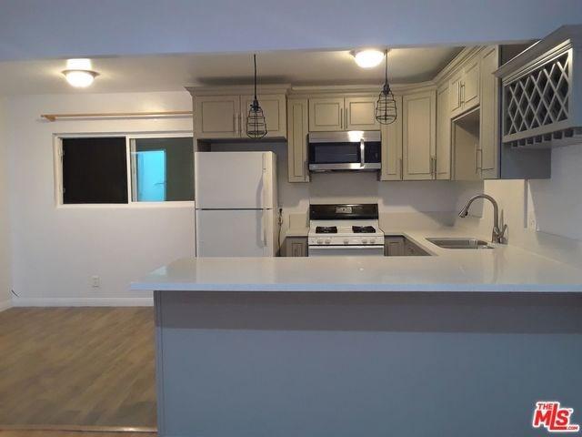 745 Victoria Avenue, Venice, CA 90291 (#17291440) :: Dan Marconi's Real Estate Group