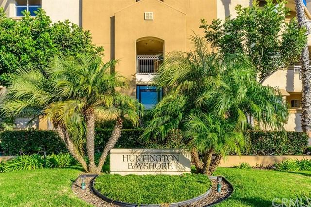 420 Lake Street #101, Huntington Beach, CA 92648 (#OC17262797) :: Doherty Real Estate Group
