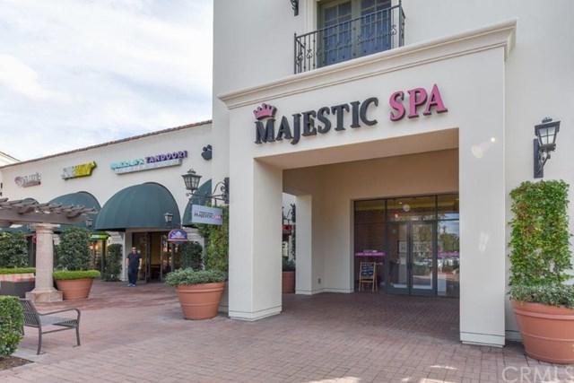 6761 Quailhills Parkway, Irvine, CA 92603 (#OC17261366) :: Doherty Real Estate Group