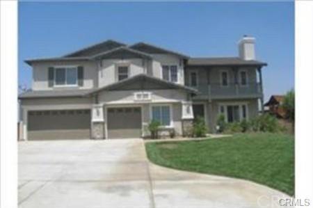 4729 Laurel Ridge Drive, Riverside, CA 92509 (#WS17261973) :: The DeBonis Team