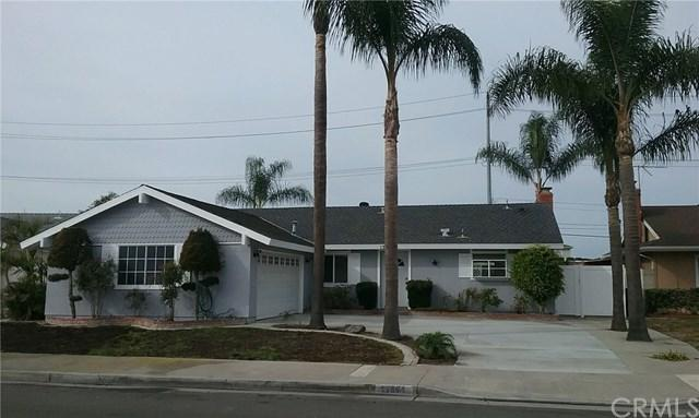 17891 Altamirano Lane, Huntington Beach, CA 92647 (#CV17262971) :: Doherty Real Estate Group