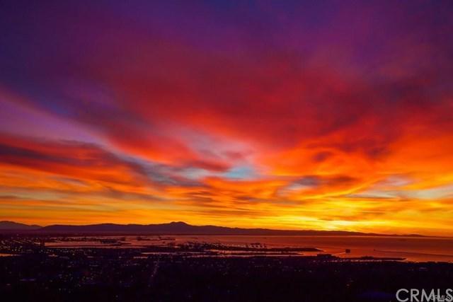 2737 Vista Mesa Dr, Rancho Palos Verdes, CA 90275 (#WS17263212) :: Doherty Real Estate Group