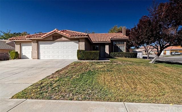 13001 San Miguel Street, Victorville, CA 92392 (#EV17261466) :: Doherty Real Estate Group