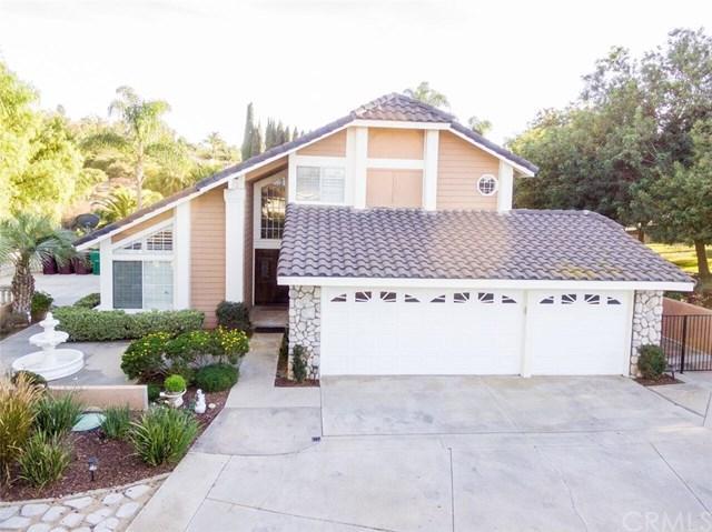 2011 Praed Street, Riverside, CA 92503 (#IV17263218) :: Doherty Real Estate Group
