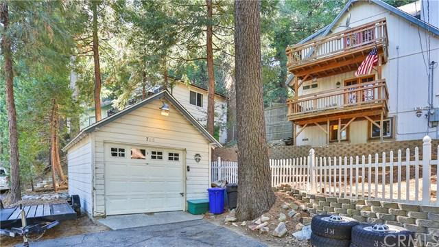 766 Deer, Crestline, CA 92325 (#EV17263374) :: The Marelly Group | Realty One Group