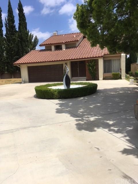 18501 Dylan Street, Porter Ranch, CA 91326 (#AR17261820) :: Realty Vault