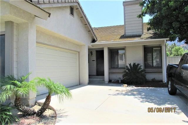 3518 Doe Spring Road, Corona, CA 92882 (#IV17263566) :: The DeBonis Team