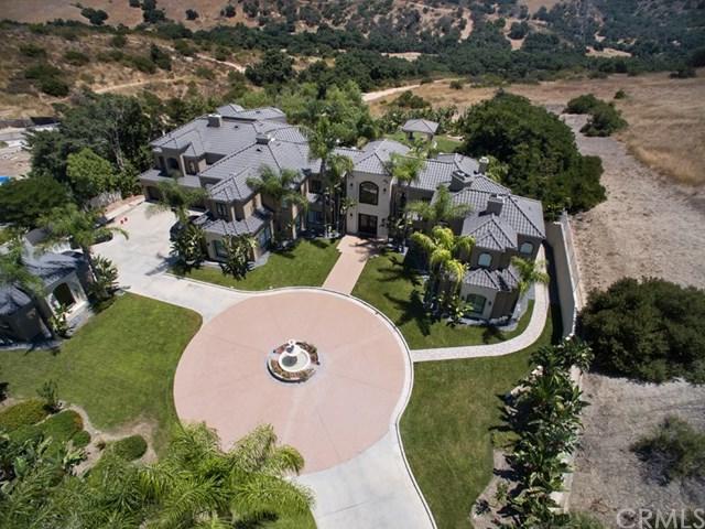 6964 E Overlook Terrace, Anaheim Hills, CA 92807 (#OC17266039) :: Ardent Real Estate Group, Inc.