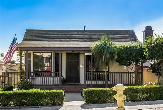 4482 W 135th Street, Hawthorne, CA 90250 (#SB17264121) :: Erik Berry & Associates